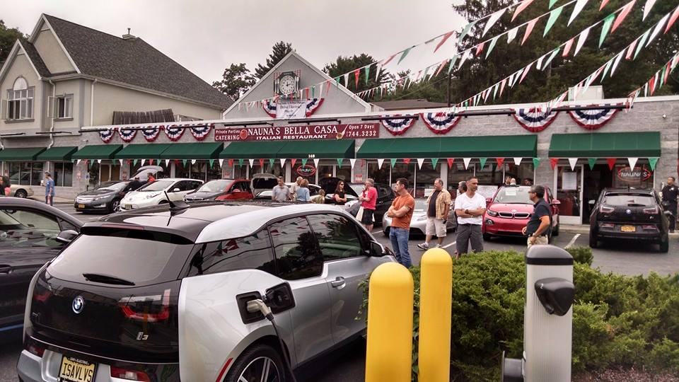 Why Small Businesses Are Installing Electric Vehicle Charging Stations