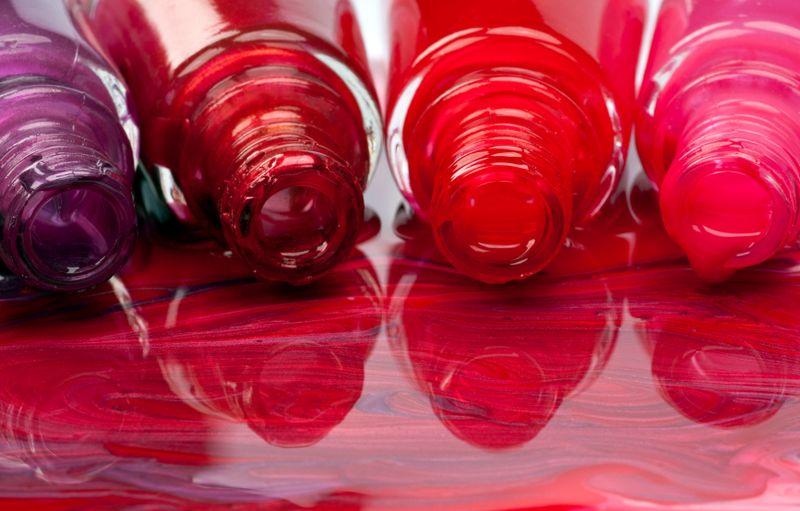 7 Stylish Toxin-Free Nail Polish Brands | Sierra Club