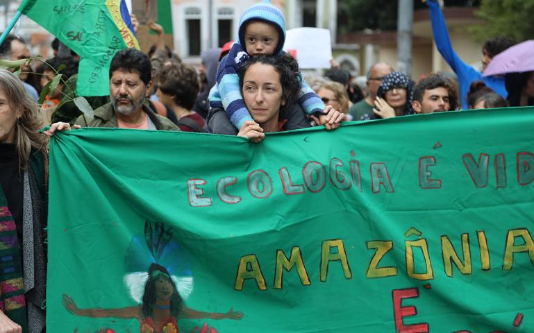 Thousands of Brazilians March to Demand Action on Amazon Fires