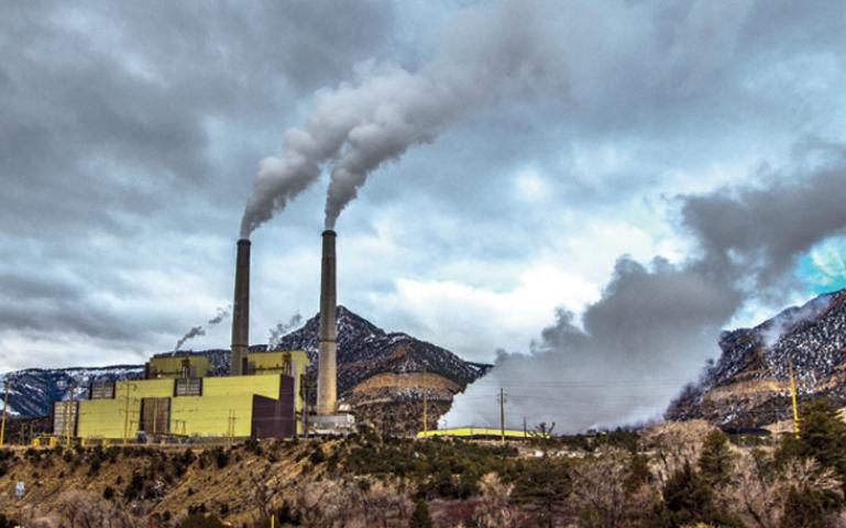 Pollution from Utah's old economy is threatening to choke its  recreation-based future