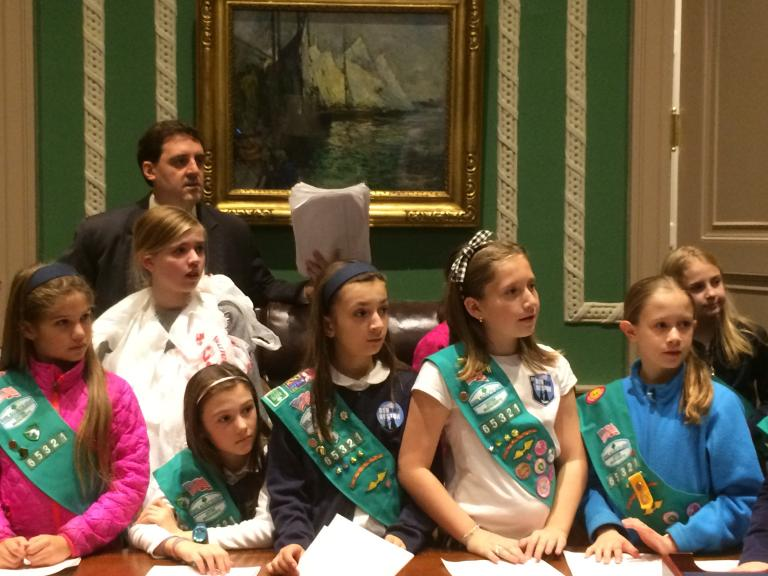 Beacon Hill/Back Bay Girl Scouts visiting State House to request a state-wide plastic bag ban