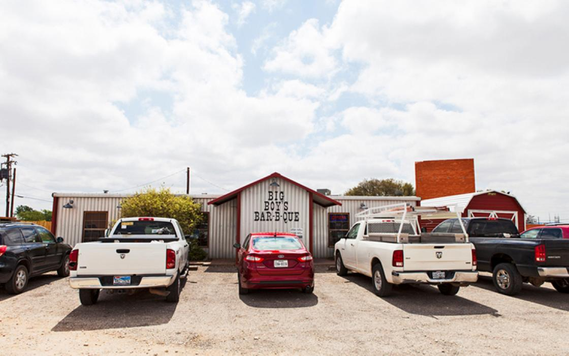 The wind industry revived Sweetwater's flagging economy, sending plenty of new customers to the movie theater and Big Boy's Bar-B-Que.